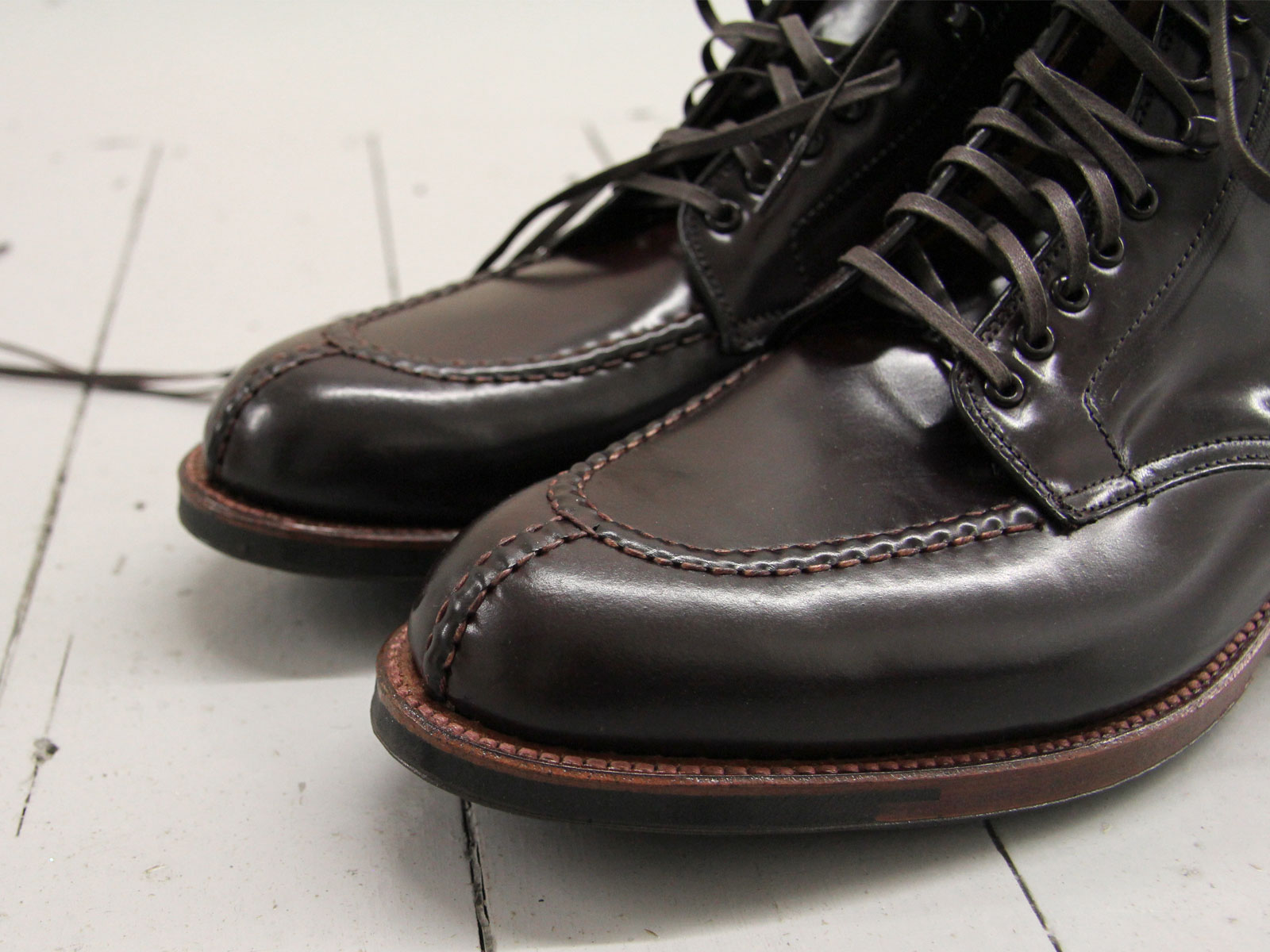 The Norwegian Split Toe: A detail that sets the Tanker Boot apart from the classic Indy.